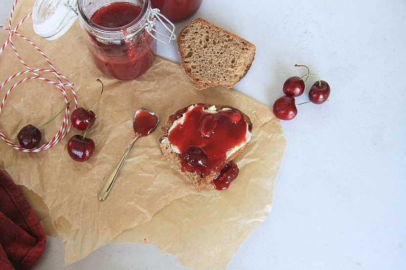 Třešňový džem s pomerančovým likérem (4)