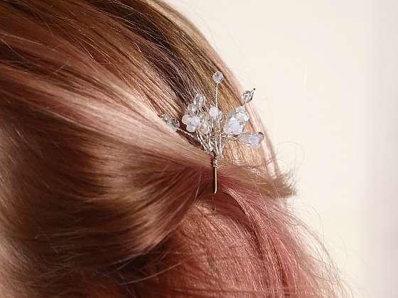 Vyrobte si korálkovou ozdobu do vlasů (Zdroj: Archiv FTV Prima)