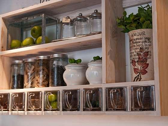 Nádoby v obchodě jsou návodem, jak žít bez obalů (Zdroj: Depositphotos)