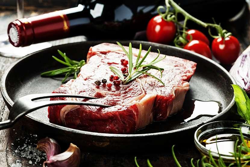 Steak syrový