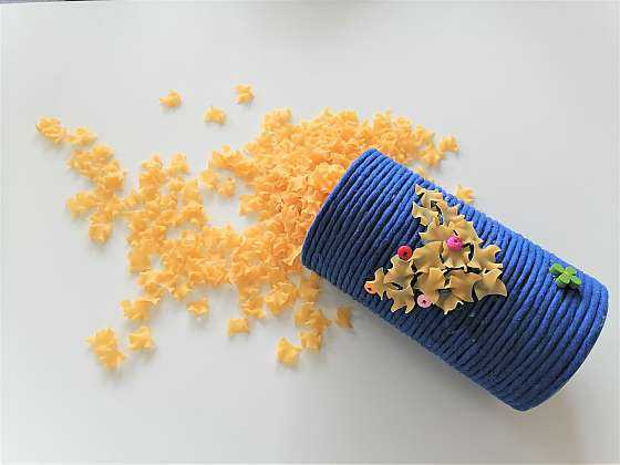 Vyrobte si s námi praktický zdobený tubus... třeba na vysypané těstoviny (Zdroj: Silva Pokorná)