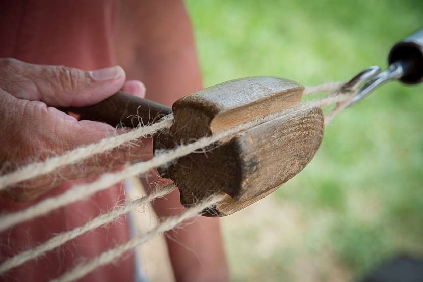 Způsob motání provazu