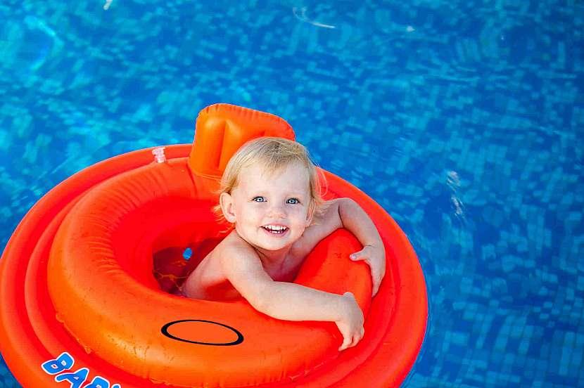 Kruhy pro miminka mají bezpečnostní prvky
