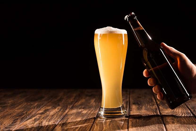 Sklenice piva