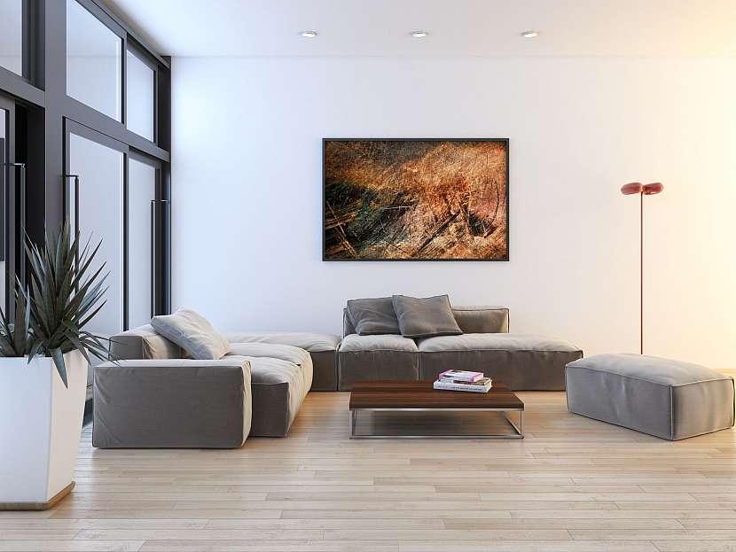 Dlažba se vzhledem dřeva v obývacím pokoji