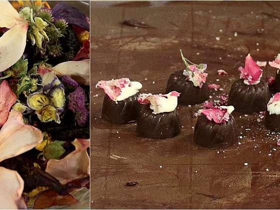 Pralinky s kandovanými květy: čokoládové bonbony s květinovou ozdobou
