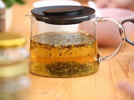 Abyste zahnali pochmurnou náladu, připravte si čaj štěstí (Zdroj: Prima DOMA)