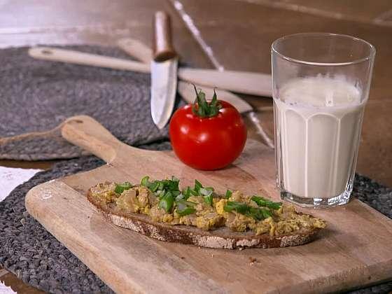 Drožďová pomazánka vám doplní hladinu vitamínu B (Zdroj: Prima DOMA)