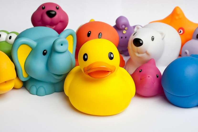 Hračky pro děti do vany