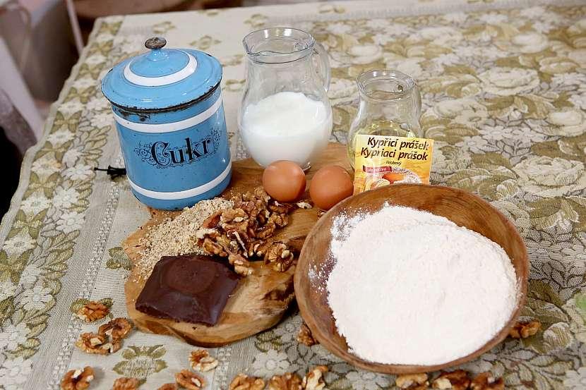 Suroviny na ořechový koláč