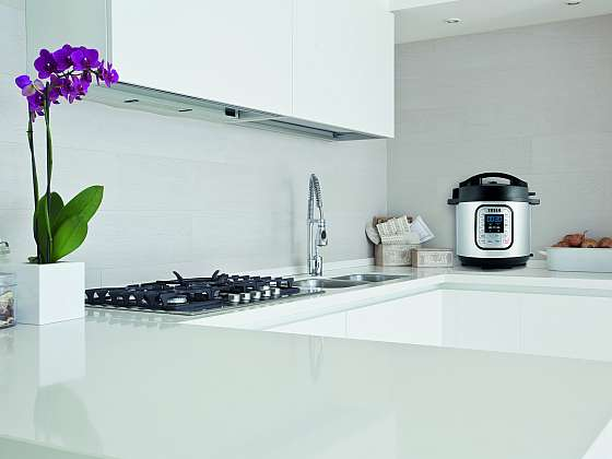 Co vám ušetří čas v kuchyni? 5 praktických vychytávek (Zdroj: Tesla)