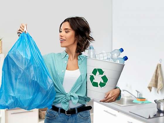 Kdo chce být zero waste, rychle zatočí se všemi zbytečnými plasty (Zdroj: Depositphotos (https://cz.depositphotos.com))