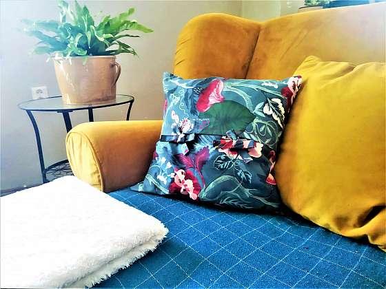 Škola šití pro začátečníky pokračuje, ušijte si povlak na polštář (Zdroj: Lenka Tajbrová)