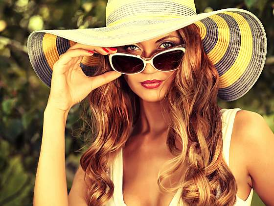 Sluneční brýle pro celou rodinu (Zdroj: Depositphotos)