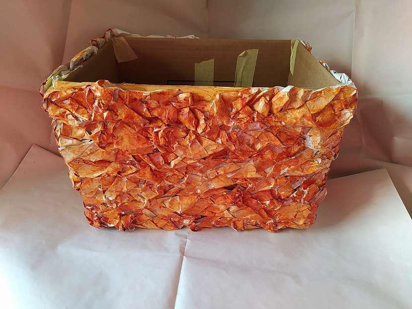 Nabarvená krabice