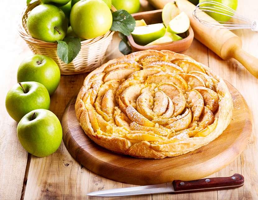 Tradiční základ v podání Baileys Original Irish Cream je obohacený o chuť domácího jablečného koláče