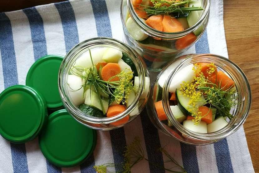Nakládaná zelenina jako dárek aneb Jak vytvořit z malé úrody velkou radost 9