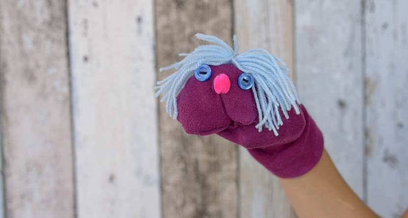 Maňásek z ponožky: Zabavte děti veselou hračkou