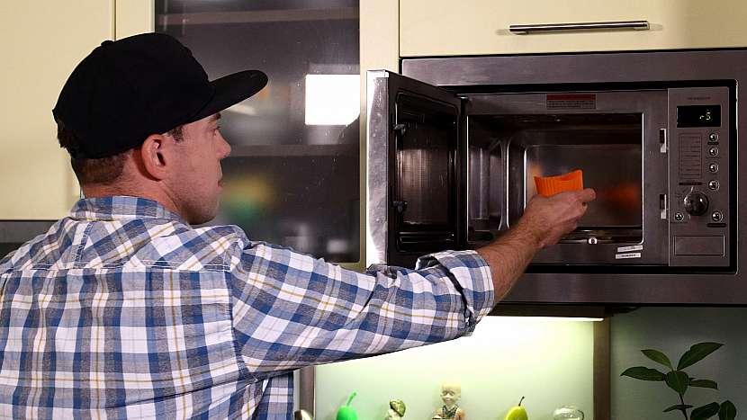 Recept na mini medovníky: medovníčky pečeme v mikrovlnné troubě