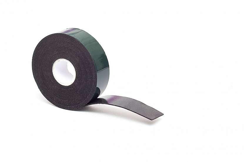 Magnetická páska