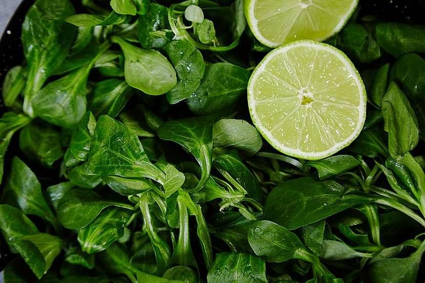 Řeřichový salát s citronem