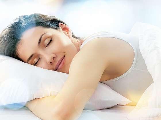 Čím podpořit kvalitní spánek? (Zdroj: Depositphotos)