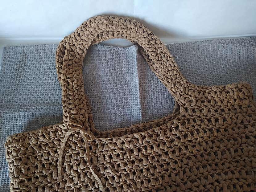 Uháčkovaná taška