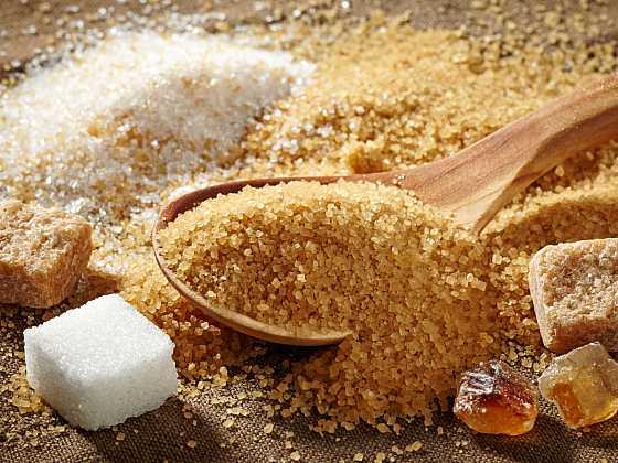 Cukr je lákavě sladký, ale pozor na něj… (Zdroj: Depositphotos)