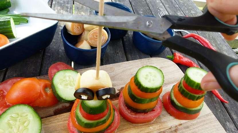 Panáčci ze zeleniny aneb Vesele a hravě na zdravou pochoutku s česnekovou pomazánkou 8