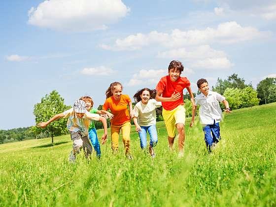 Navykněte děti opět na přirozený pohyb nejen ve sportovních kroužcích (Zdroj: Depositphotos (https://cz.depositphotos.com))