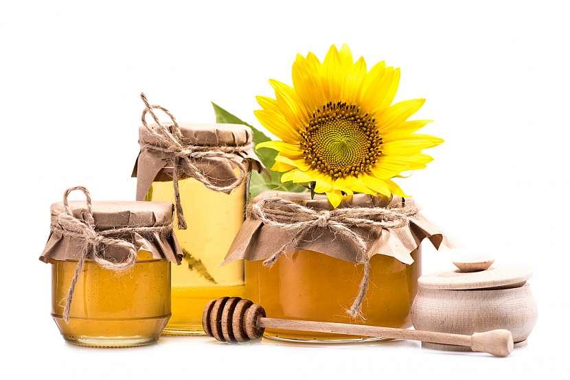 Jedna z nejlepších věcí na medu je rozmanitost, s jeho konzumací se nemusíte omezovat jen na slazení čaje