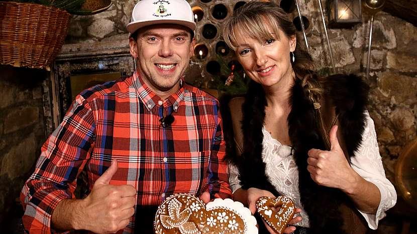 Láďa Hruška na návštěvě u slovácké perníkářky Ireny Burdové
