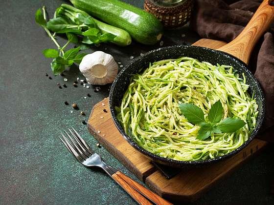Cuketové špagety jsou bezlepkovou náhradou klasické pasty (Zdroj: Depositphotos (https://cz.depositphotos.com))