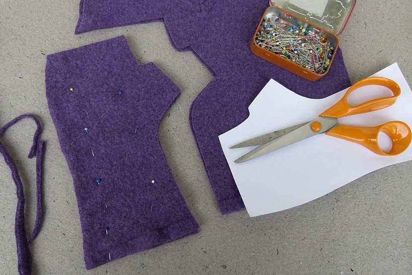 Návleky na rukavice ze starého svetru 4