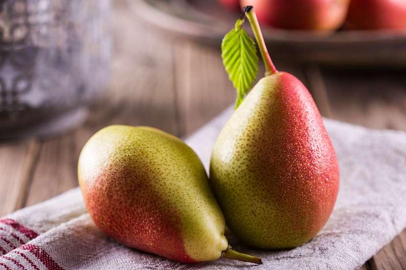 Ať už se však pustíte s hruškami do jakéhokoli receptu, dbejte na to, abyste vždy zpracovávali kvalitní kousky ovoce