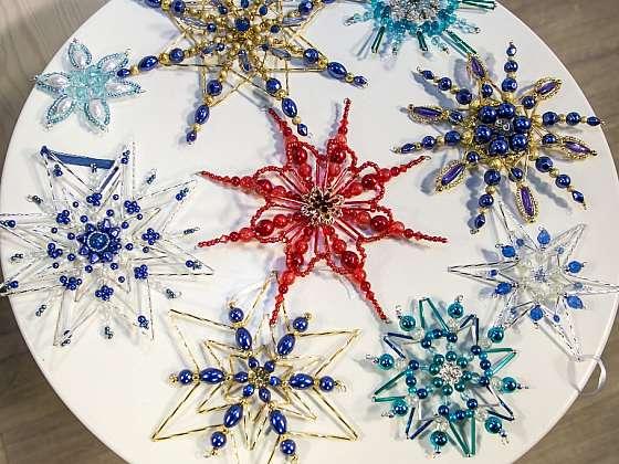 Korálkové hvězdy na vánoční stromek