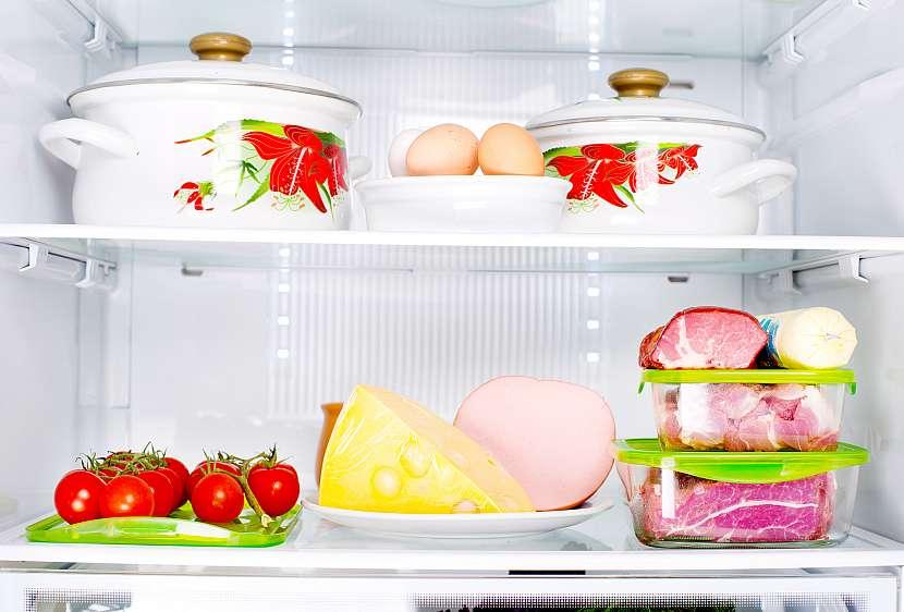 Potraviny skladujeme pokud možno v dobře uzavřených nádobách