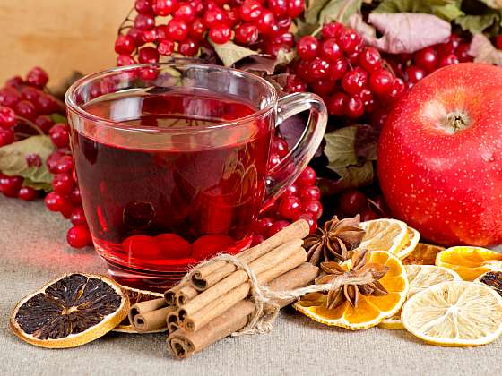 Pečený čaj zpříjemní vám i vašim blízkým chladné zimní večery (Zdroj: Depositphotos (https://cz.depositphotos.com))