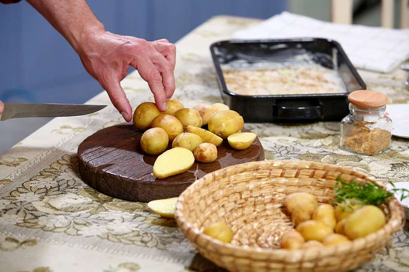 Krájení brambor