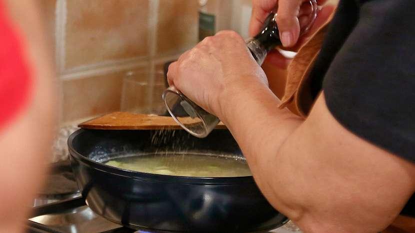 Recept na zadělávané knedlíčky s knedlíčky: kedlubny okořeníme a povaříme