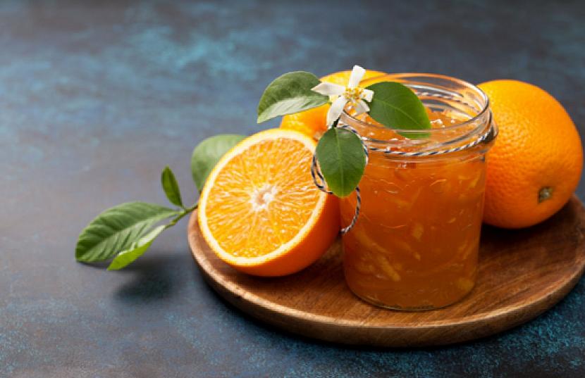 Pomerančová marmeláda s kapkou rumu se vyrovná dokonalému likéru