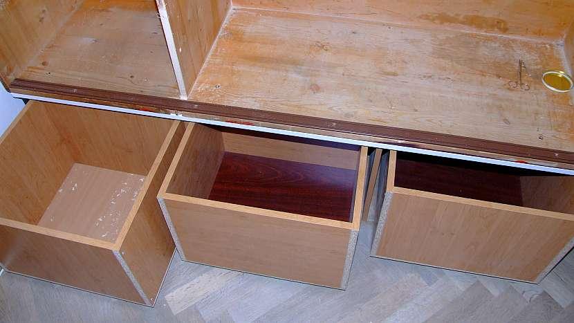 Jak udělat úložný prostor pod starou skříní 3
