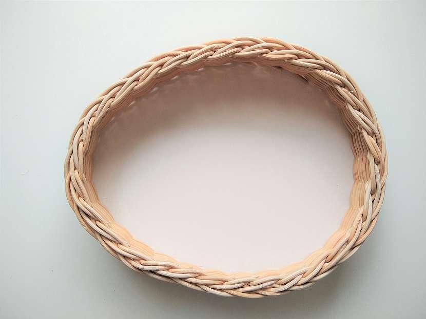 Košíček ve tvaru vajíčka