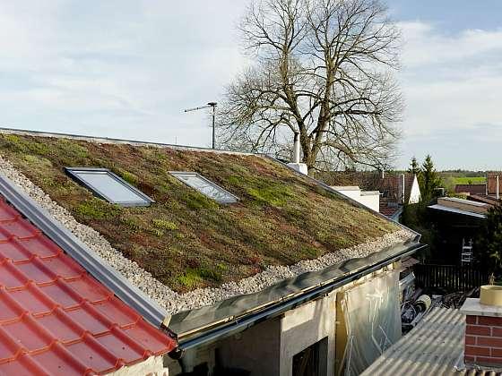 Zelená střecha zdobí i izoluje (Zdroj: Prima DOMA MEDIA, s.r.o.)