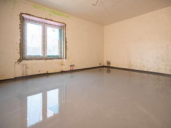 V 22. dílu Online stavebního deníku se bude dělat suchá i mokrá podlaha (Zdroj: Prima DOMA)