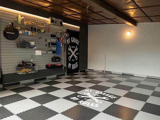 Pusťte se také do renovace podlahy v garáži (Zdroj: Prima DOMA MEDIA, s.r.o.)