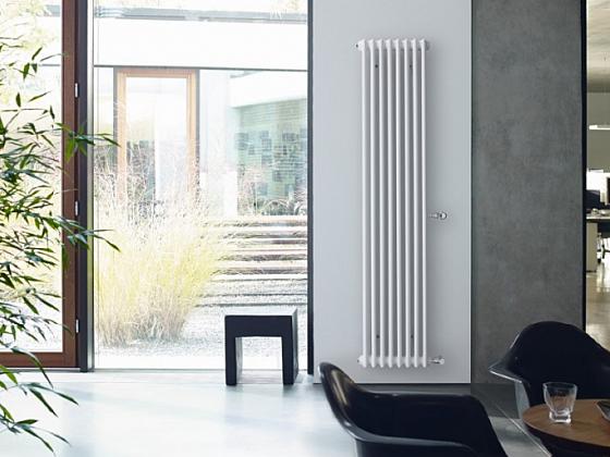 Radiátor Zehnder Charleston – originál mezi článkovými trubkovými radiátory – se rovněž hodí do moderních interiérů s osobitým charakterem a stylem (Zdroj: Zehnder Group Czech Republic s.r.o.)
