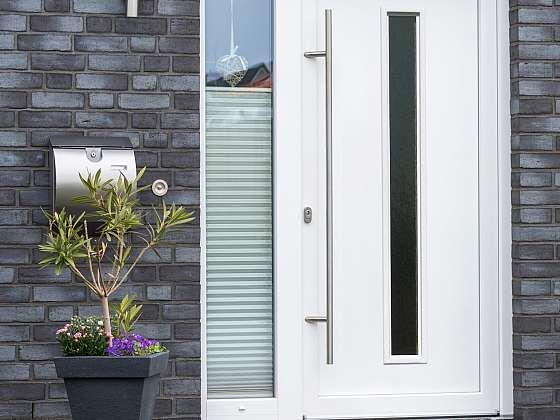 Vchodové dveře potřebují péči, napovíme vám v 5 krocích (Zdroj: VP trend)